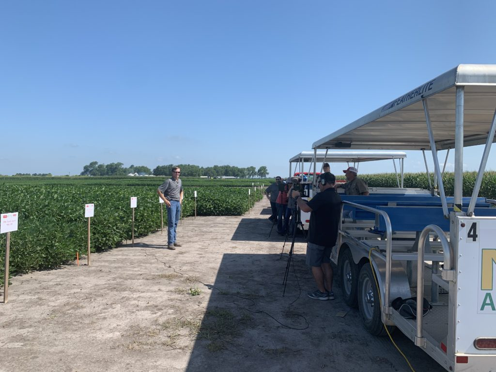 recording a soybean presentation in the field